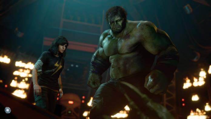 Hulk und Ms. Marvel auf der suche nach den restlichen Avengers.